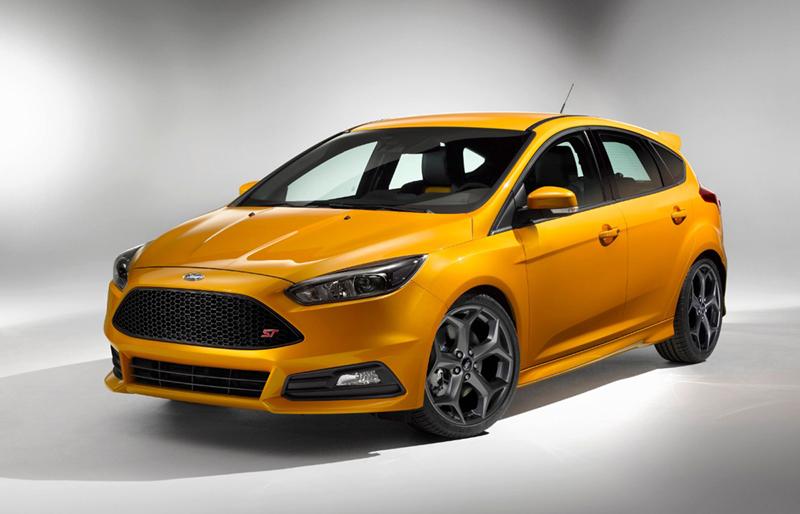 Foto Perfil Ford Focus St Dos Volumenes 2014