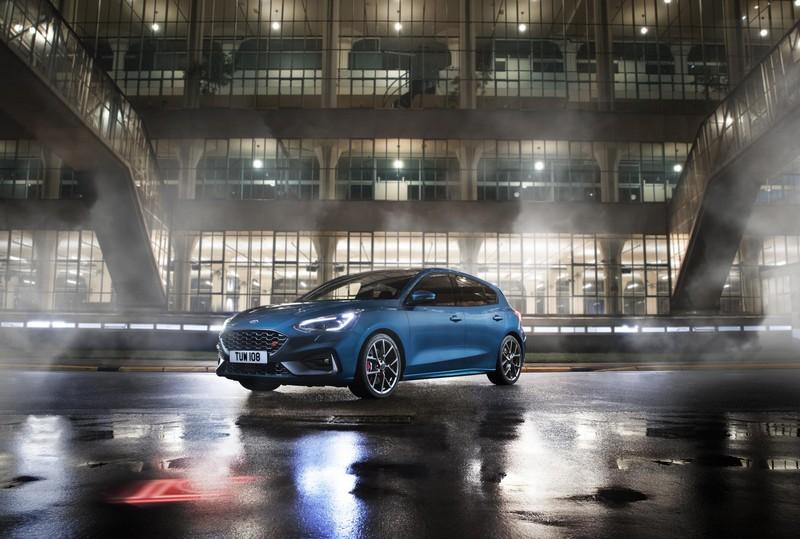 Foto Exteriores Ford Focus St Dos Volumenes 2019