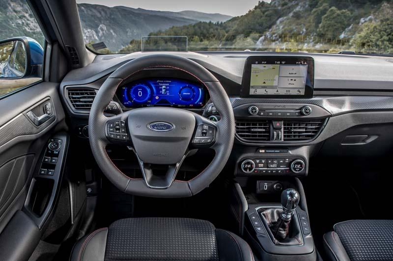 Ford Focus 1.0 EcoBoost MHEV 155 CV, foto salpicadero
