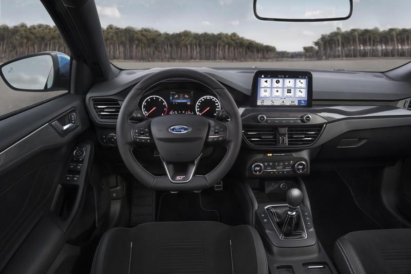 Foto Salpicadero Ford Focus St Dos Volumenes 2019