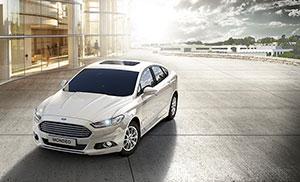 Foto Exteriores (5) Ford Mondeo Sedan 2015