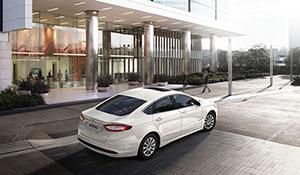 Foto Exteriores (7) Ford Mondeo Sedan 2015