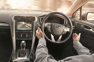 Foto Interiores (2) Ford Mondeo Sedan 2015
