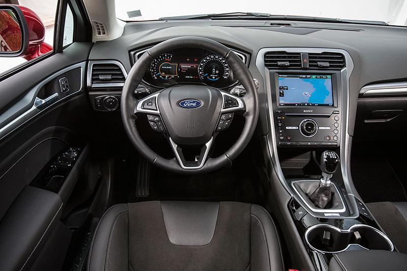 Interiores Ford Mondeo
