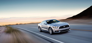 Foto Exteriores (33) Ford Mustang Cupe 2013