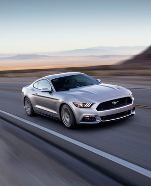 Foto Exteriores (34) Ford Mustang Cupe 2013