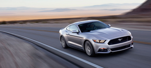 Foto Exteriores (35) Ford Mustang Cupe 2013