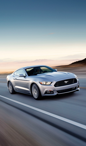 Foto Exteriores (36) Ford Mustang Cupe 2013