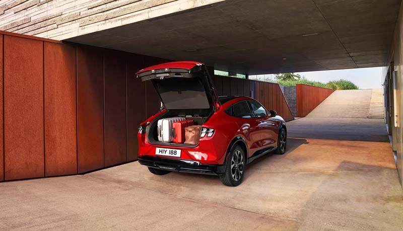 Foto Interiores Ford Mustang Mach E Suv Todocamino 2021