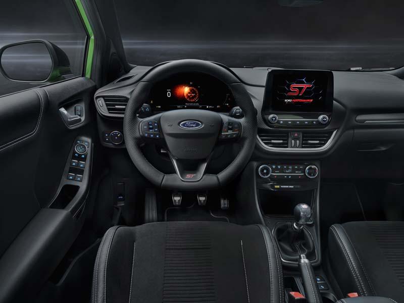 Ford Puma ST, foto salpicadero