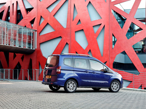Foto ford tourneo-courier 2014