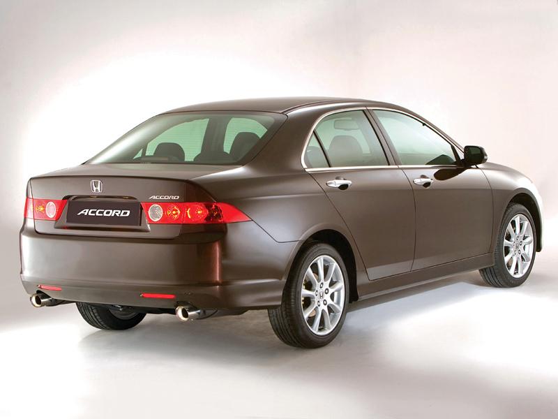 Foto Trasero Honda Accord Sedan 2003