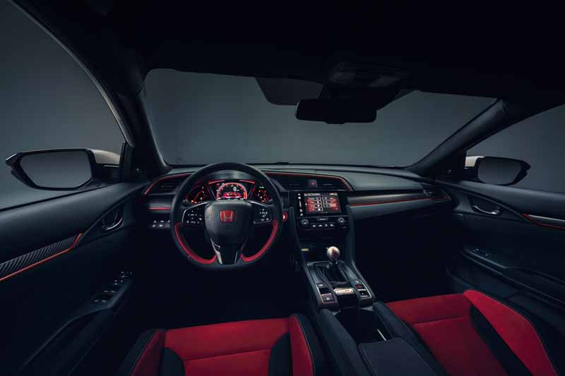 Honda Civic Type R 2017, foto salpicadero