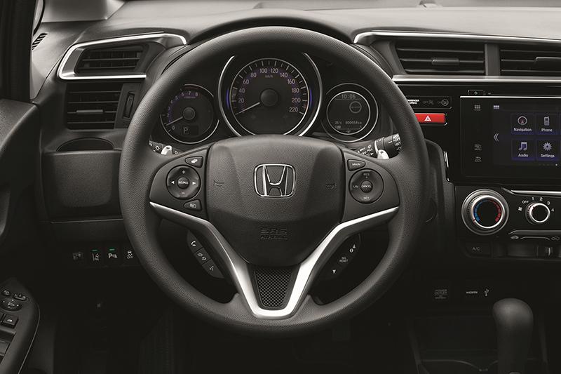 Foto Interiores Honda Jazz Dos Volumenes 2015