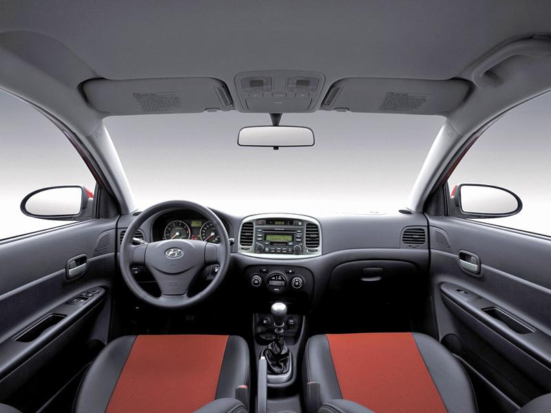 Foto Salpicadero Hyundai Accent Sedan
