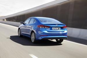 Foto Exteriores 2 Hyundai Elantra Sedan 2016