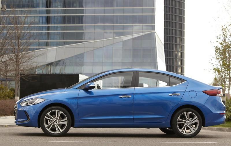 Foto Exteriores Hyundai Elantra Sedan 2016