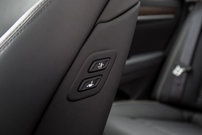 Foto Interiores Hyundai Genesis Berlina 2014