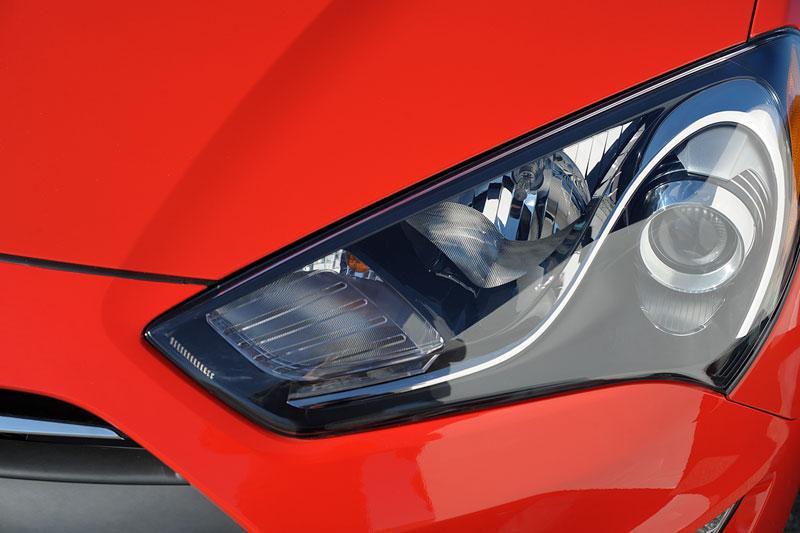 Foto Detalles Hyundai Genesis Cupe 2012