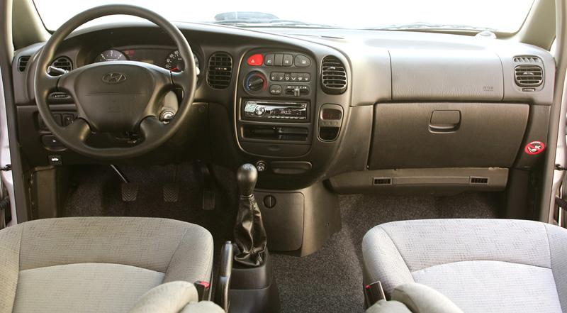 Foto Salpicadero Hyundai H1 Monovolumen 2000