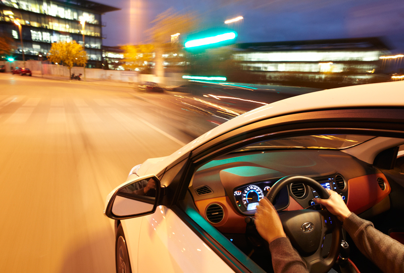Hyundai i10 2013 análisis plazas delanteras