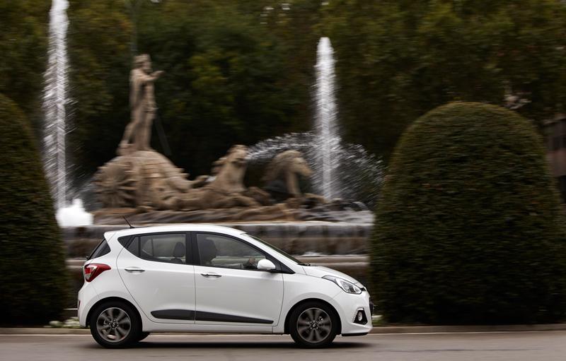 Foto Exteriores Hyundai I10 Dos Volumenes 2013