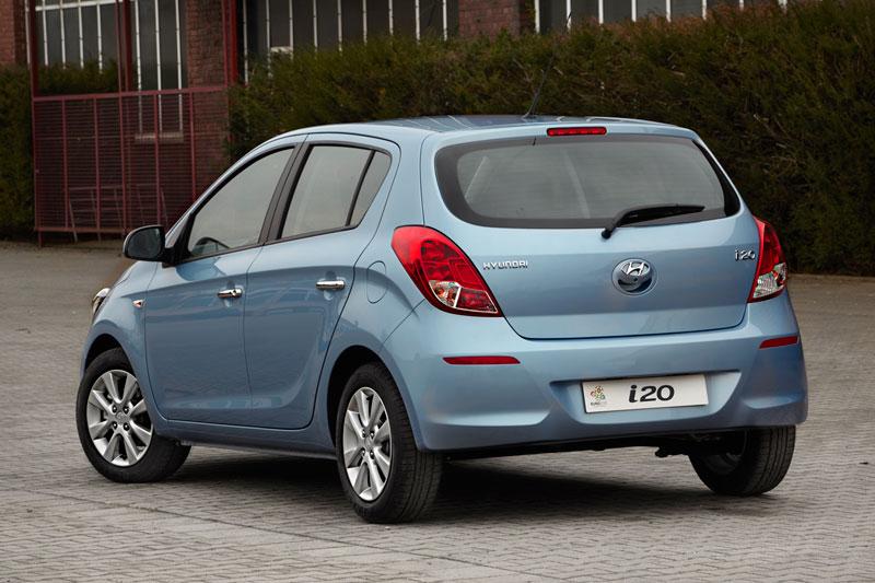 Foto Trasera Hyundai I20 Dos Volumenes 2012