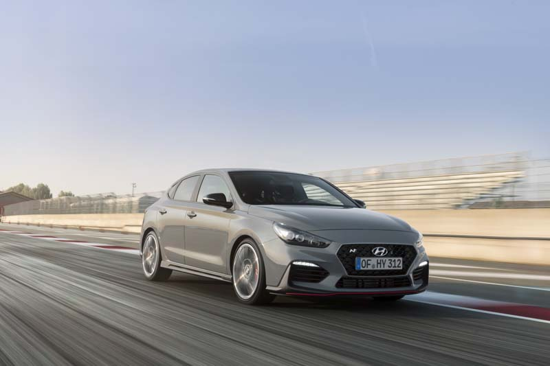 Foto Exteriores (24) Hyundai I30-fastback-n Cupe 2019