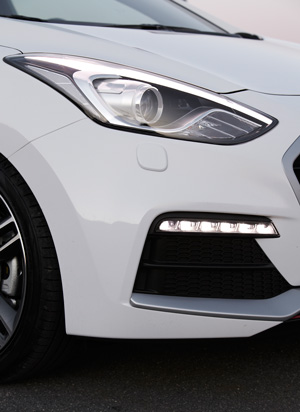 Foto Detalles 2 Hyundai I30-turbo Dos Volumenes 2015