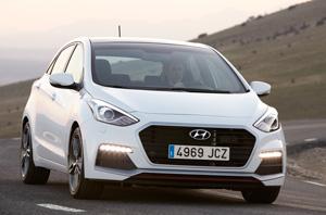 Foto Exteriores 11 Hyundai I30-turbo Dos Volumenes 2015