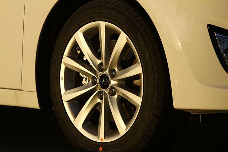 Foto Detalles Hyundai I40 Familiar 2011
