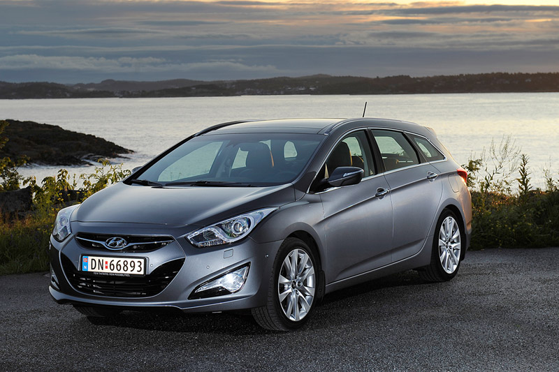 Foto Frontal Hyundai I40 Familiar 2011