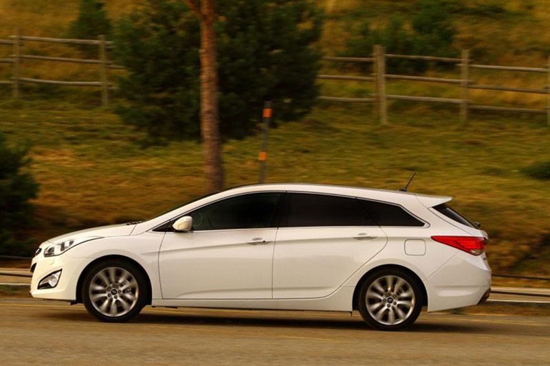 Foto Perfil Hyundai I40 Familiar 2011