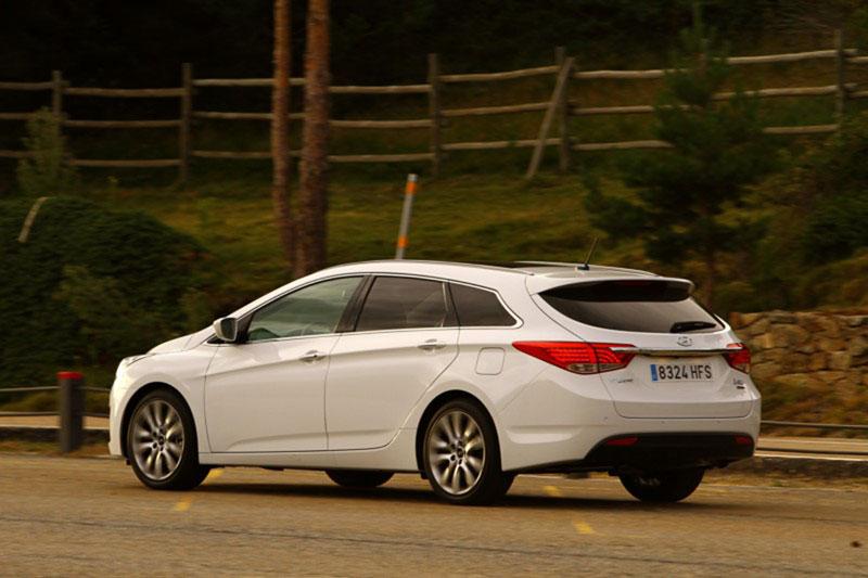 Hyundai i40 CW foto trasera