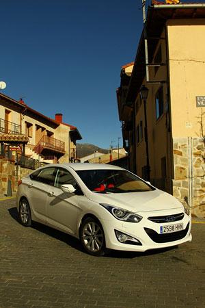 Foto Exteriores (11) Hyundai I40 Sedan 2011