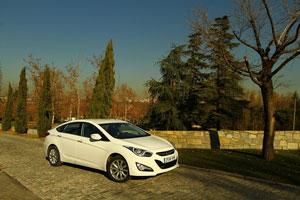 Foto Exteriores (16) Hyundai I40 Sedan 2011