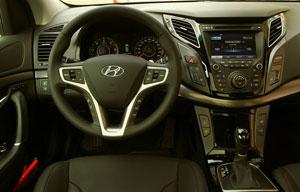 Foto Interiores (3) Hyundai I40 Sedan 2011
