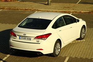 Hyundai i40 trasera