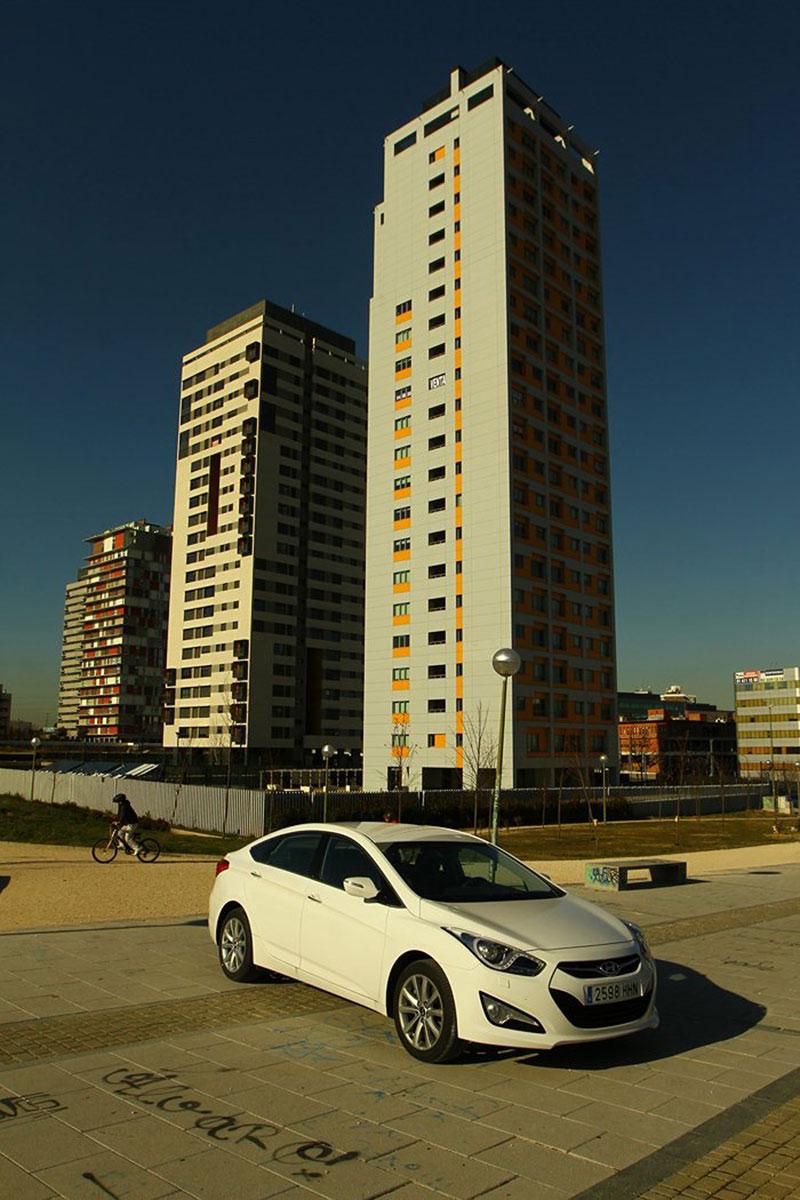 Foto Exteriores Hyundai I40 Sedan 2011