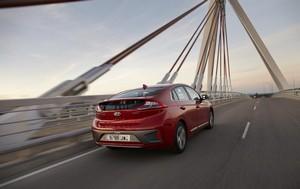 Foto Trasera Hyundai Ioniq-electrico Sedan 2017