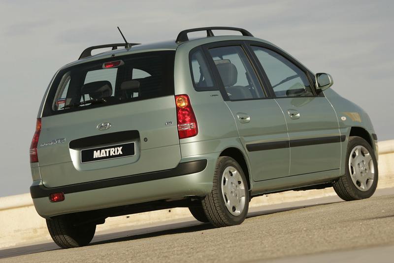 Foto Trasero Hyundai Matrix Monovolumen 2005
