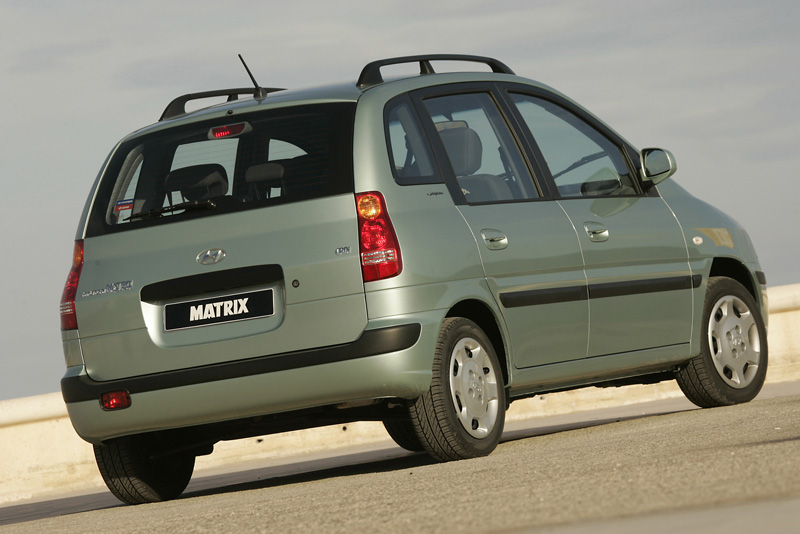 Foto Trasero Hyundai Matrix Monovolumen