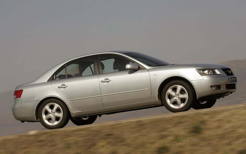 Foto Perfil Hyundai Sonata Sedan 2005
