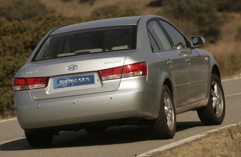 Foto Trasero Hyundai Sonata Sedan 2005