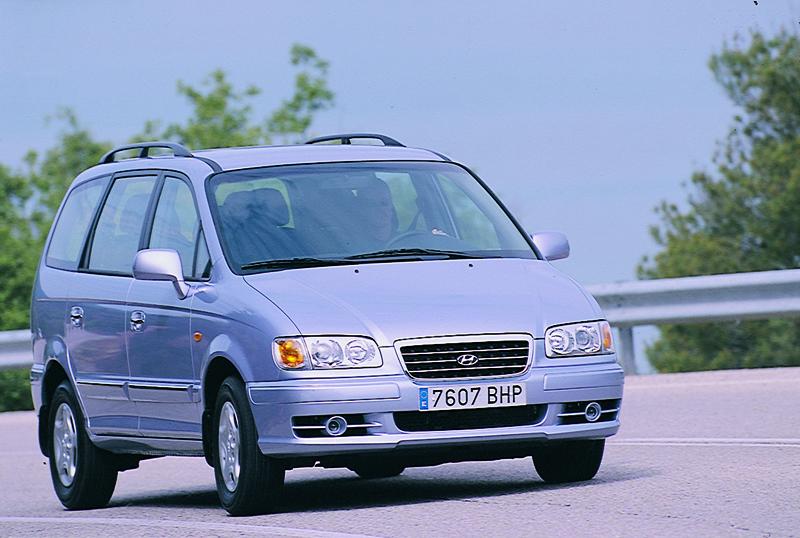 Foto Delantero Hyundai Trajet Monovolumen 1999