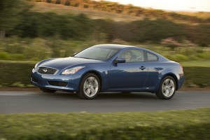 Foto Lateral Infiniti G Cupe 2009