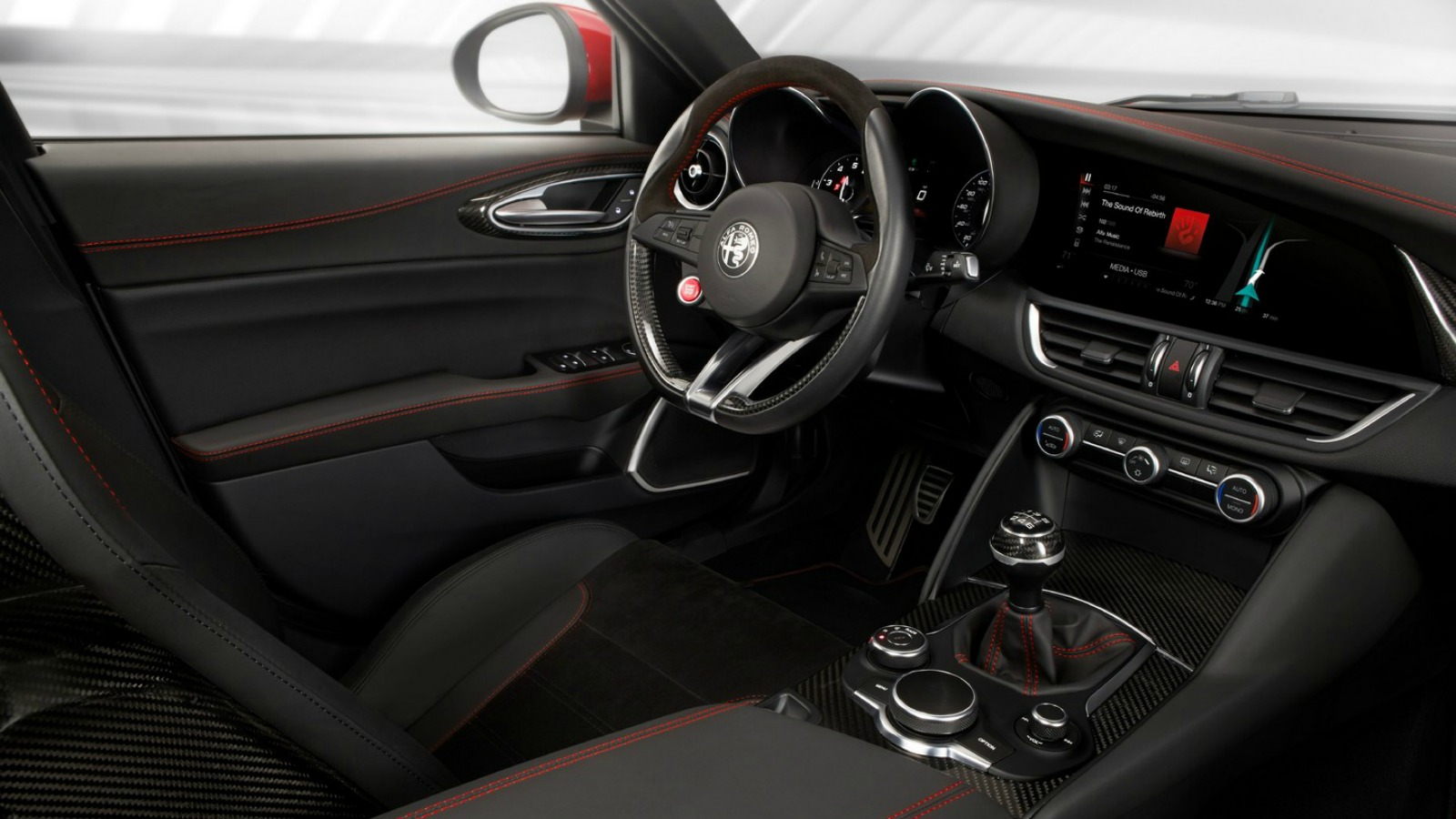Interior Alfa Romeo Giulia QV