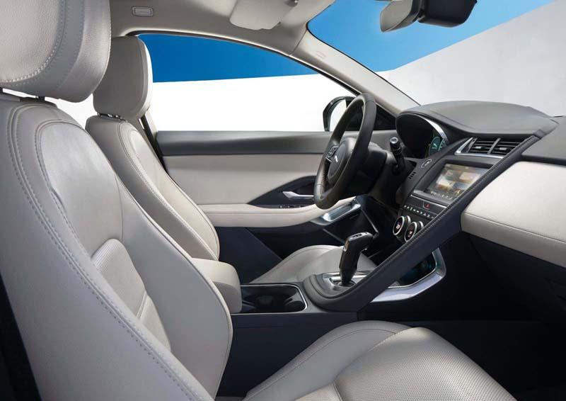 Jaguar E-Pace D180 Auto S AWD, foto interior