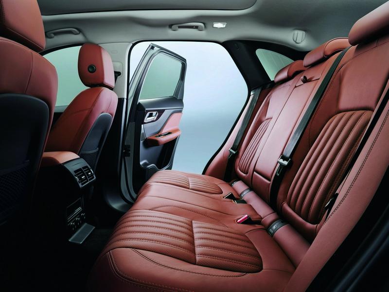 Foto Interiores Jaguar F Pace Suv Todocamino 2016