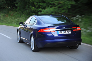 Foto Exteriores-(11) Jaguar Xf Sedan 2011